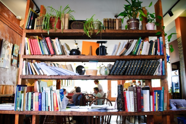 bookshelf_0